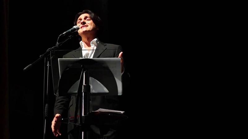 Эвклид Кюрдзидис и солист Валерий Кучеренко поют и читают стихи о любви в Ревде Ri tv
