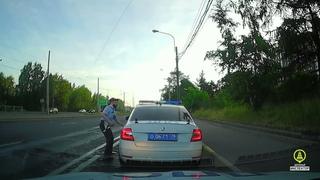 🚔 Погоня ДПС за неадекватным мотоциклистом. Водитель и пассажир задержаны.