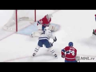Auston Matthews scores his 32nd goal of the 2020-2021 season against the Montreal Canadiens 4/12/21