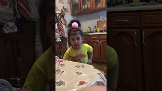Дочка ругается на маму!!!