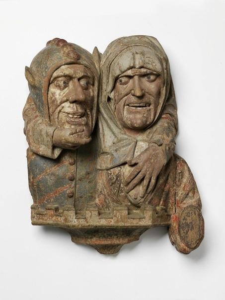 Держатель для полотенца, Германия, 1520-1525 гг. На первом фото справа видна ручка - на неё и вешали.