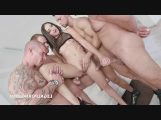 From Dressed to Naked Barefoot Avi Love 4on1 DAP, TP, Big Gapes, Messy Cumshot GIO827