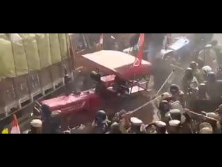 Революционные трактора в Индии. Протесты фермеров против новых законов.