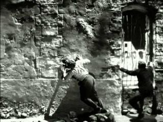 Orphée (1950) - Orpheus and Heurtebise return to the underworld