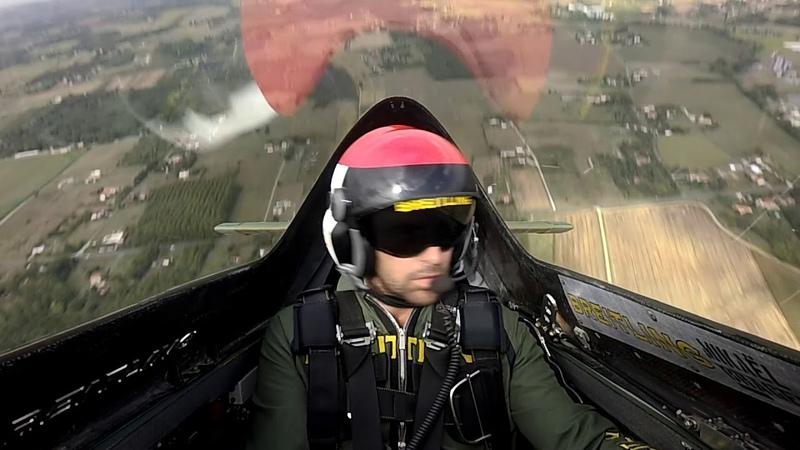 Red Bull Air Race Mikaël Brageot nous invite à bord du Breitling MXS R Skyracer
