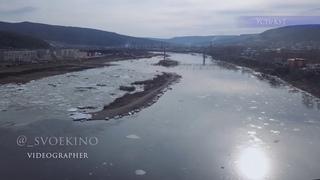 Ледоход на Лене в г. Усть-Куте