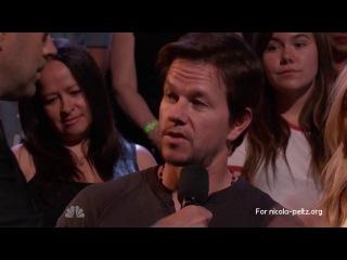 Nicola Peltz (Никола Пельтц) and Mark Wahlberg (Марк Уолберг) at The Voice Show (Transformers 4)