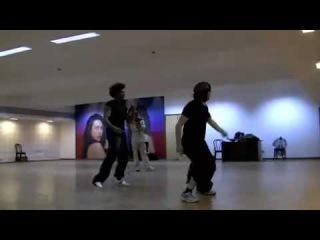 "Hritik Roshan Kangana Ranaut Abusing His Dance Instructor While Practice "" Kite ""   Funny Video"