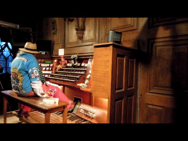 Charlemagne Palestine Schlingen Blängen Cathédrale de Nantes 2