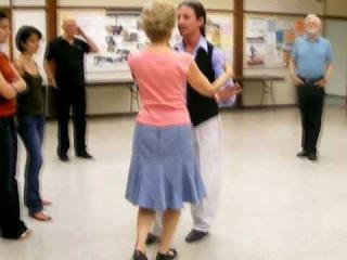 Beginner's tango class with Marcelo Solis 2010-07-21.