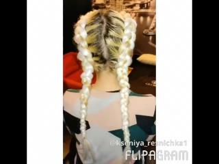Девочки !!!! Супер новиночка этого лета -объёмные косы 😻🌺 Вы можете выбрать любой цвет и длину канекалона у нас в студии ❤️цену