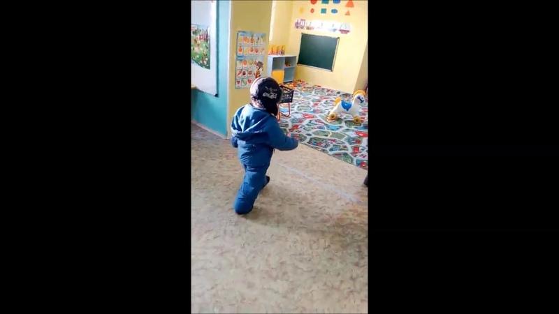 В Бурятии дети ходят по садику в куртках и шапках