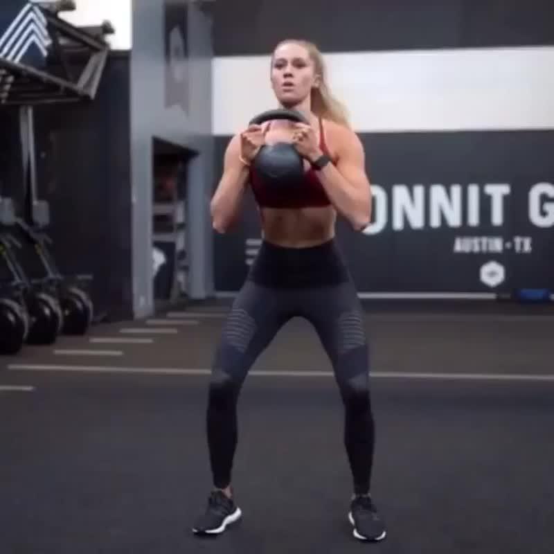 Тренировка для всего тела с гирей
