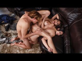 Heather Vahn, Violet Starr - Frisking For A Fucking (MILF, Teen, Big Ass, Big Tits, Brunette, Couples Fantasies, Threesome)