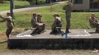 Сверх-реалистичная тренировка американских солдат по погрузке в вертолёт