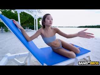 BangBrosClips - Vina Sky - Vinas Sexy Beach Vacation/Секс на пляже с красивой азиаткой MIlf, sex, porn, anal