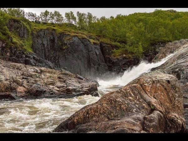 Водопады на реке Титовка