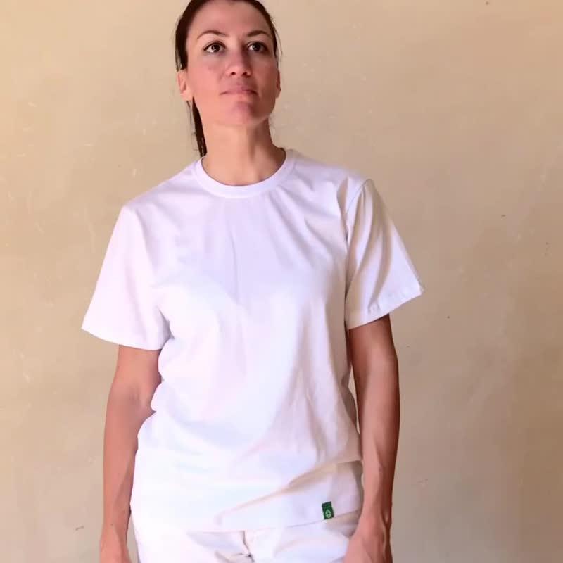 Коротко о палитре цветов футболок