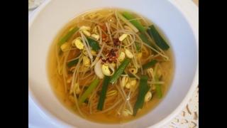 Корейская кухня: Суп из соевых ростков или Кон намуль гук (콩나물국)