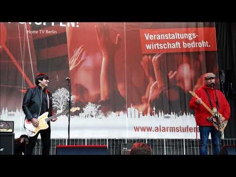 Alarmstufe Rot Auftritt von Rod von Ärzten und Arnim von den Beatsteaks bei der Demo 28 10 2020