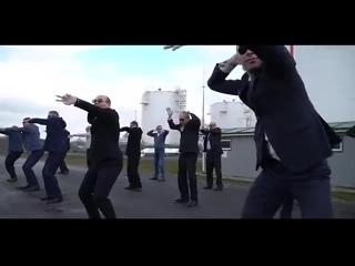 Зажигательный флешмоб от мужчин Белоруснефть-Минскоблнефтепродукт