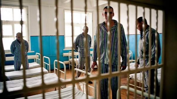 Страны, где больше всего казнят людей Перечень стран, где в прошлом году привели в исполнение смертные приговоры, возглавили Иран и Саудовская Аравия. По данным правозащитной организации Amnesty