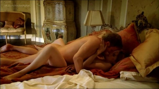 Topless kelly reilly Kelly Reilly
