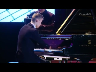 Алексей Романов_ пианист без рук - Комментарии иностранцев