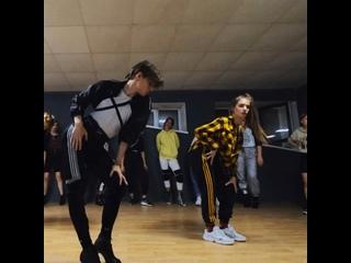Алина Павлючкова и Максим Шпак мк у Дениса Дикинсона участника 6 сезона Танцы на ТНТ
