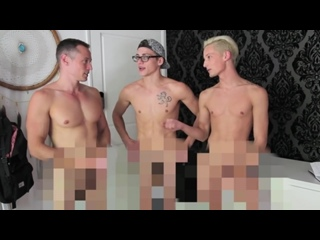 Getting Naked with Davey Wavey!