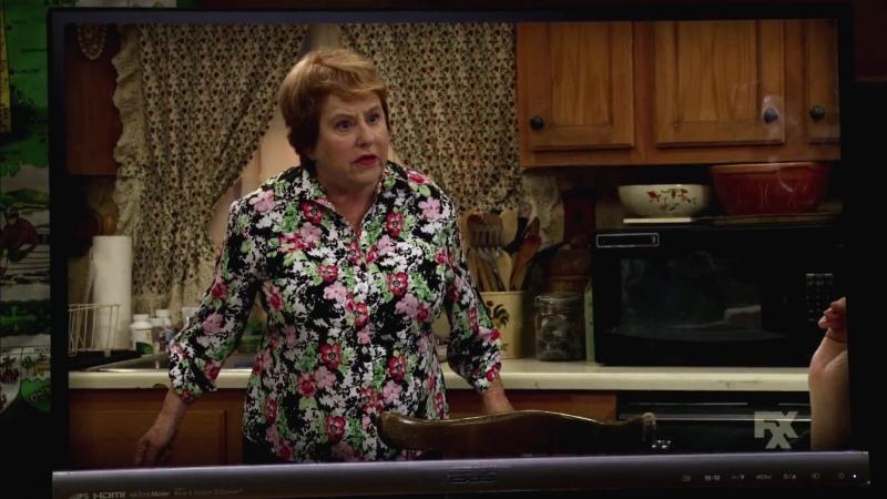 В Филадельфии всегда солнечно Its Always Sunny in Philadelphia 12 сезон 3 серия Промо Old Lady House A Situation Comedy H