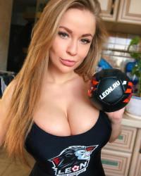 На тот момент контора называлась Ф.О.Н., с тех пор она оставалась одной из самых известных компаний в сфере российского гемблинга/5(23).