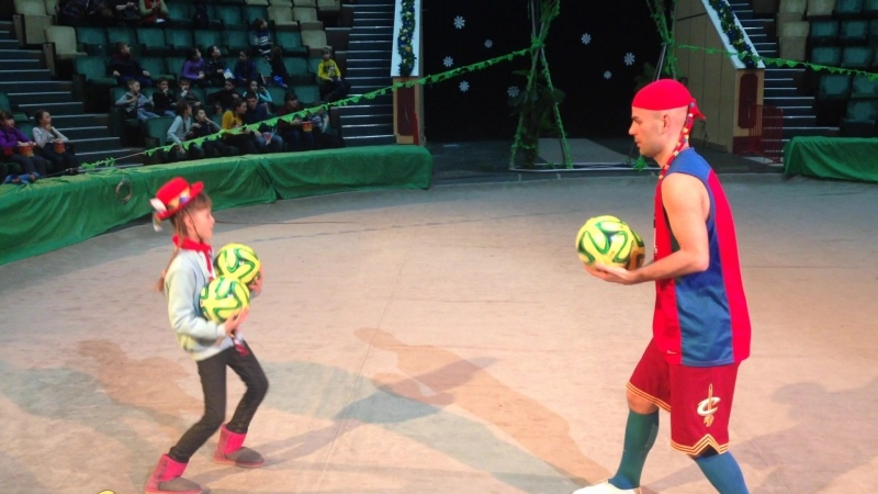 Парное Жонглирование с детьми