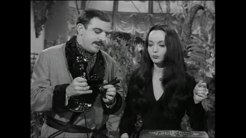 Los Locos Addams 1x10 Morticia la Casamentera
