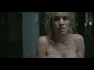 Elodie Fontan  nackt