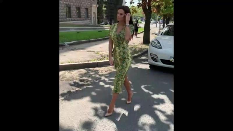 Платье арт 11295 Ткань экокожа Цвет хаки неон голубой рептилия Размер С М Л Цена 2500руб