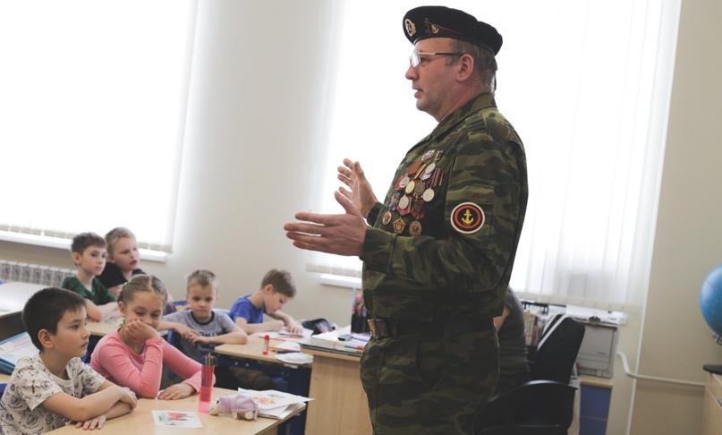 Ветераны морской пехоты провели Урок мужества в Нижнем Новгороде, изображение №2