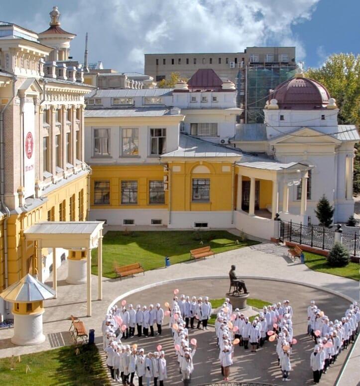 Саратовский медицинский университет начнёт готовить специалистов по 15 новым направлениям