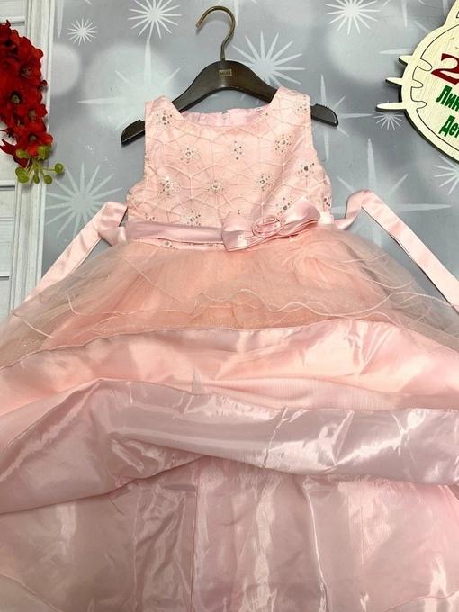 Новинки   Платье на новый год     Размер ,128,134,140,146 рост   размер в размер   Хорошее качество,сделано в России