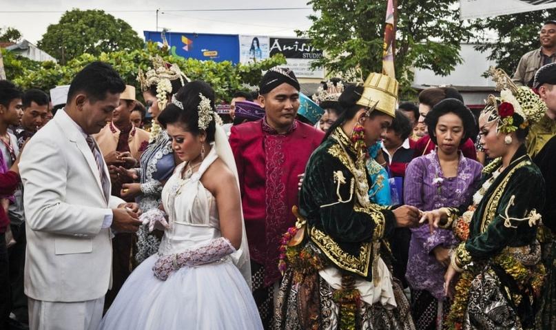 Мужчина ошибся адресом — и чуть не женился на чужой невесте