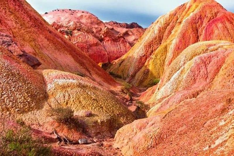 Земля один огромный древний карьер, изображение №112