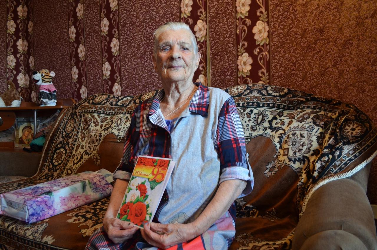 Сегодня поздравления с 95-летием принимает петровчанка Мария Михайловна БУЛАТОВА