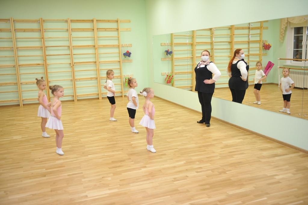 Дмитрий Миронов сообщил, что в регионе увеличилось количество мест в детских садах