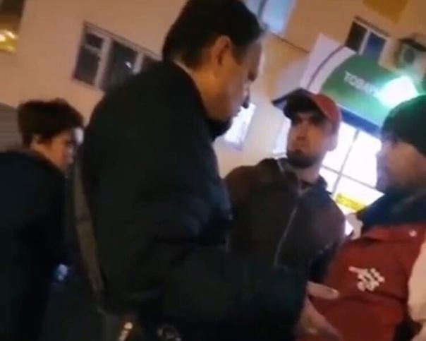 Одного из мигрантов выдворят из России после конфл...