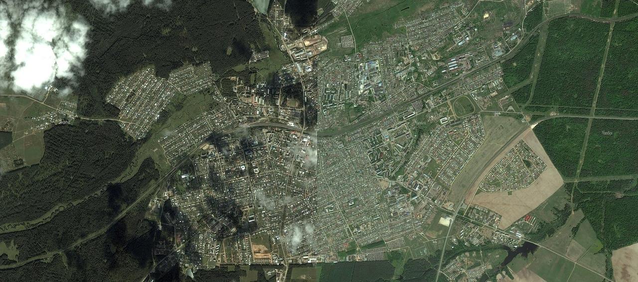 Яндекс карта состоит из склеенных кусков. Раньше