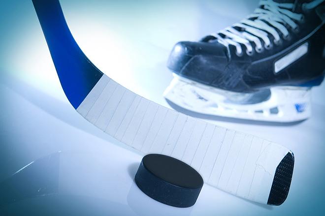 5 декабря 2020 года в Ирбите на стадионе «Юность» состоялся первый тур Первенства по хоккею с шайбой среди команд ветеранов 45+