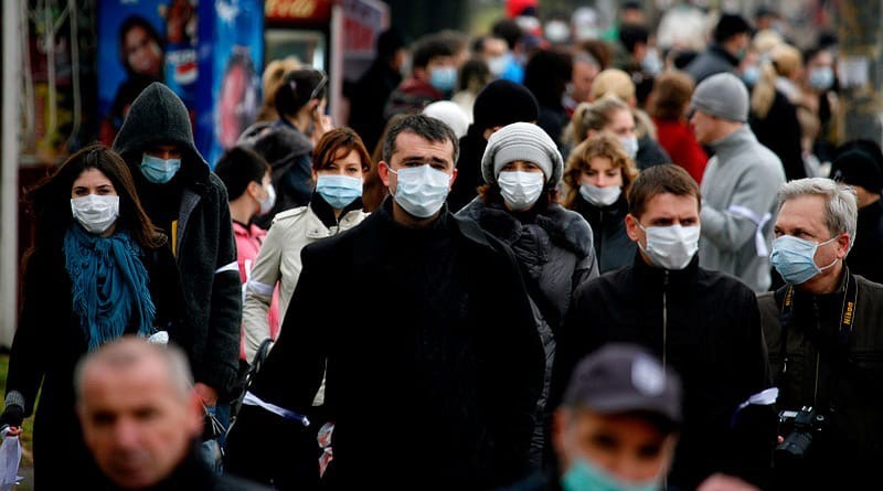 Полный отказ от защитных масок в России
