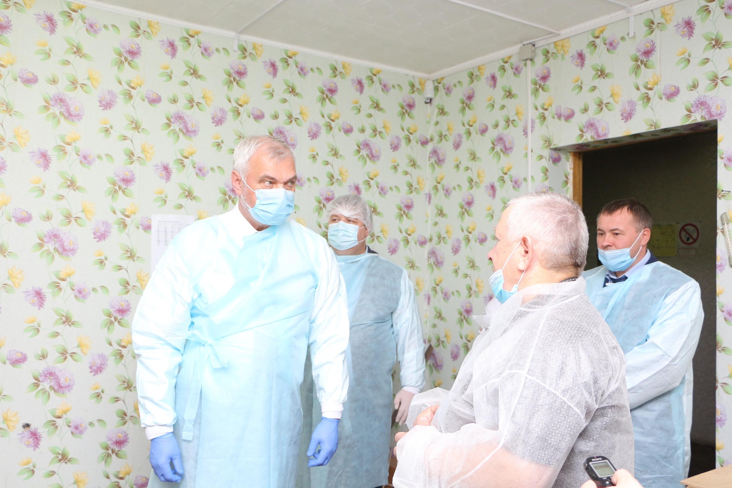 Владимир Уйба посетил рыбоводный цех в селе Кослан