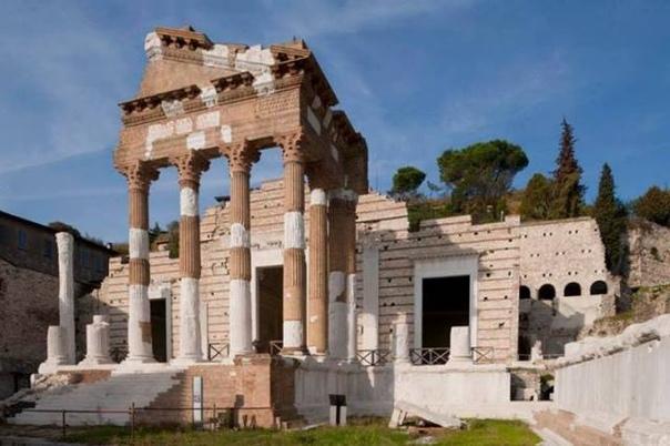 Почему в церквях устраивали склады пороха Брешиа (Венецианская республика, теперь Италия), 18 августа 1769 года. В старину люди яростно боролись за свои заблуждения. Например, считалось, что