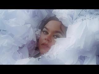 maye - Versos de Placer (Official Music Video)